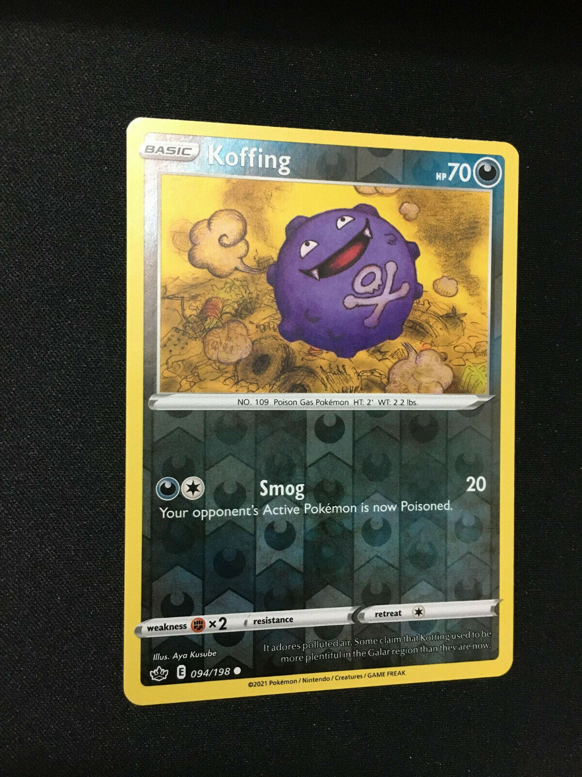 Pokemon TCG Koffing Reverse Holo Card Chilling Reign SWSH06 094/198