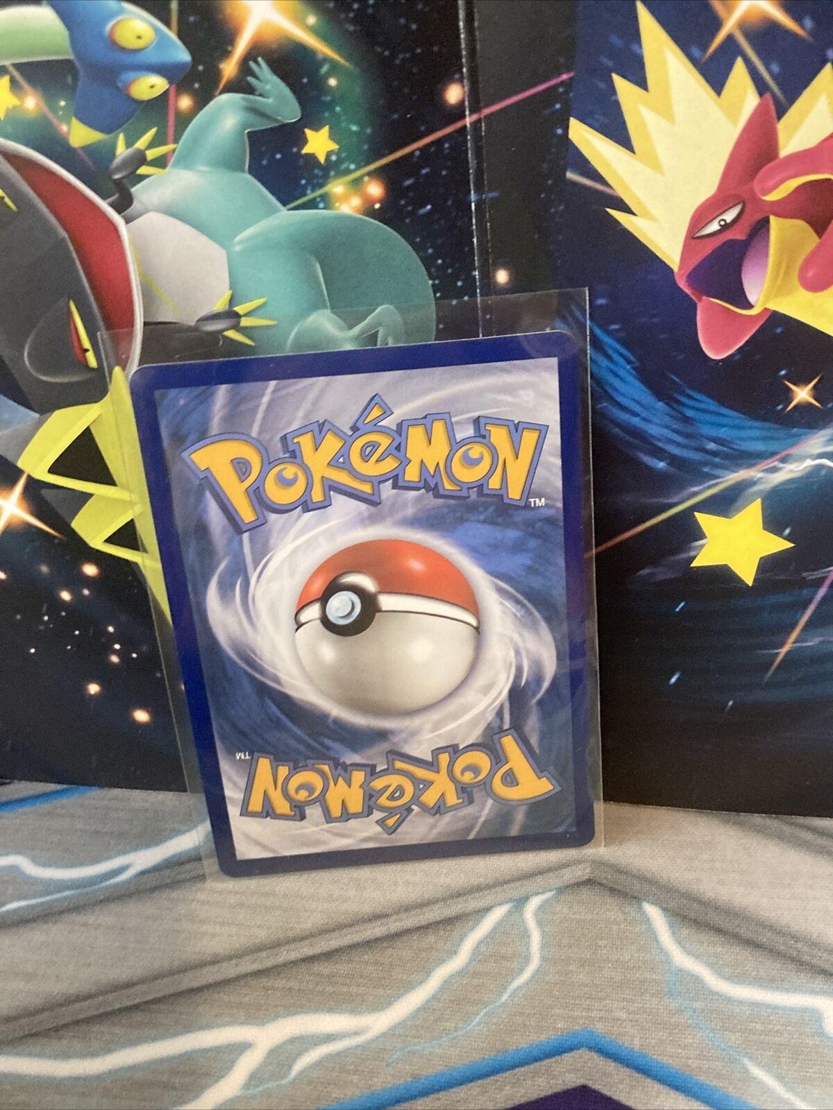Pokémon TCG BLAZIKEN VMAX 021/198 CHILLING REIGN FRESH PULL! - Image 3